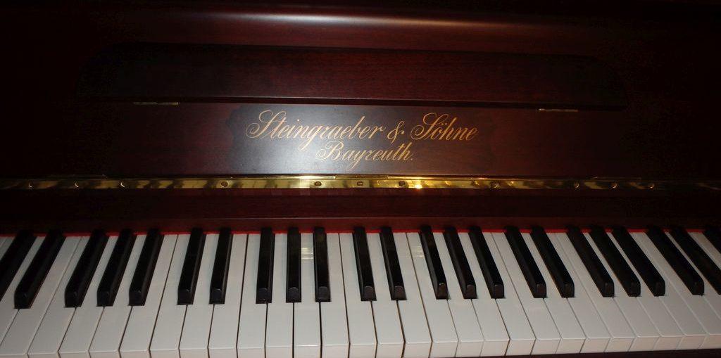Pianino Steingraeber